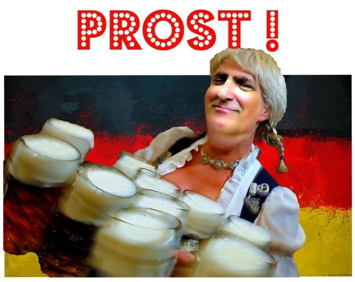 poktoberfestflag1prostpfenfrau1